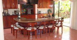 Lujosa casa ubicada en Ayarco Sur