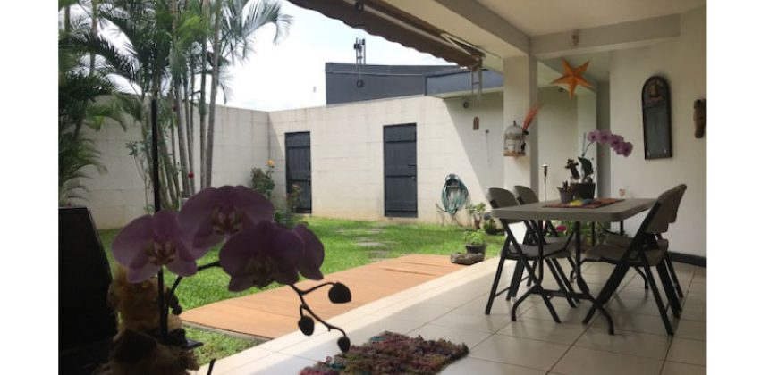 Casa en Escazú